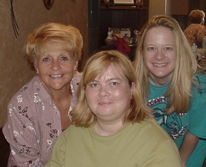 Susan_our_hostess_with_robyn_my_mom